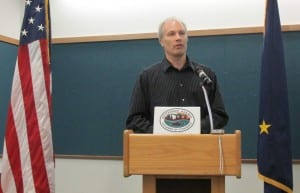 Bret Hiatt speaks to the Ketchikan Chamber of Commerce.