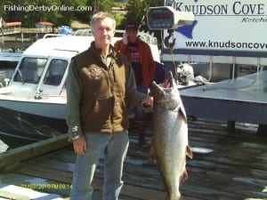 Rick Forrester with his prize-winning king (photo credit CHARR Salmon Derby)