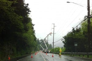 KPU crews work on downed power lines in the Ward Cove area. (Photo by Leila Kheiry)