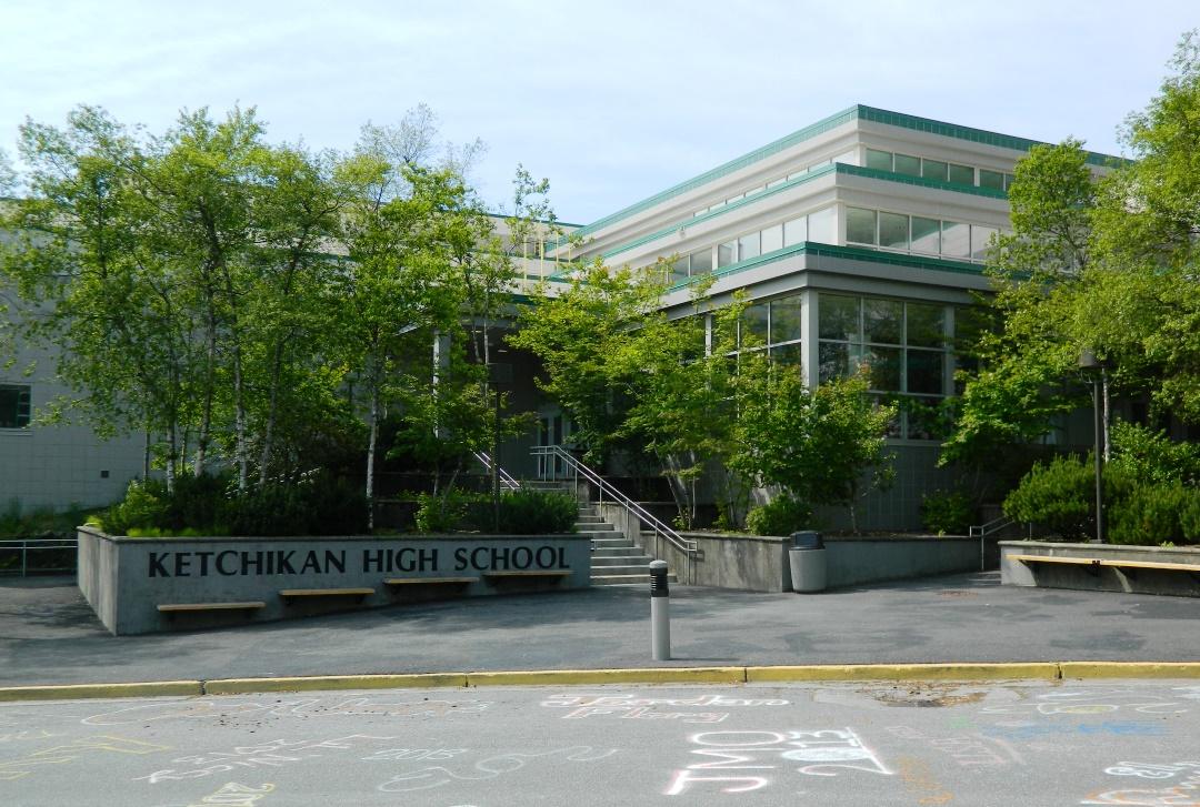 School Board swears in new members