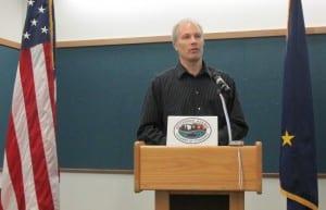 Bret Hiatt speaks to the Ketchikan Chamber of Commerce.
