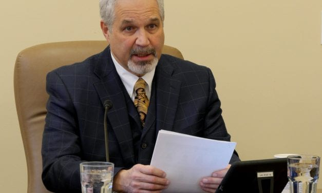 Senate president seeks work or volunteer requirement for Medicaid recipients