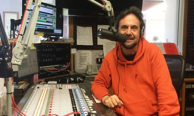 Brazilian Hour host celebrating 40 years on the air