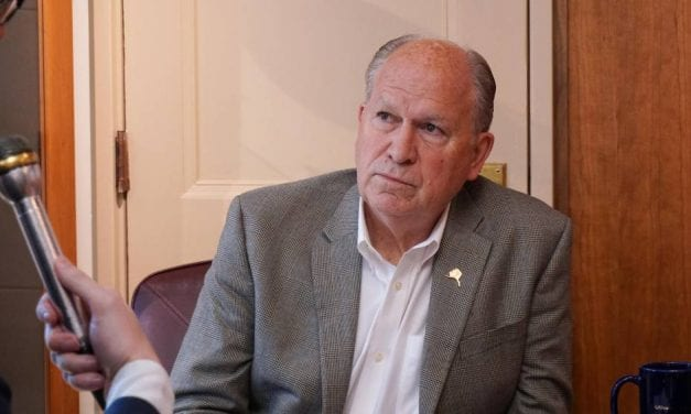 Gov. Walker suspends campaign