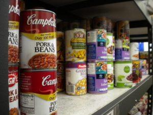 Juneau food bank opens doors to federal workers during shutdown