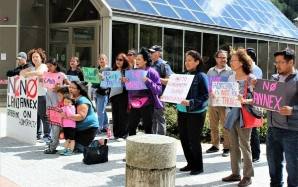 Angoon residents, supporters protest Juneau's annexation petition