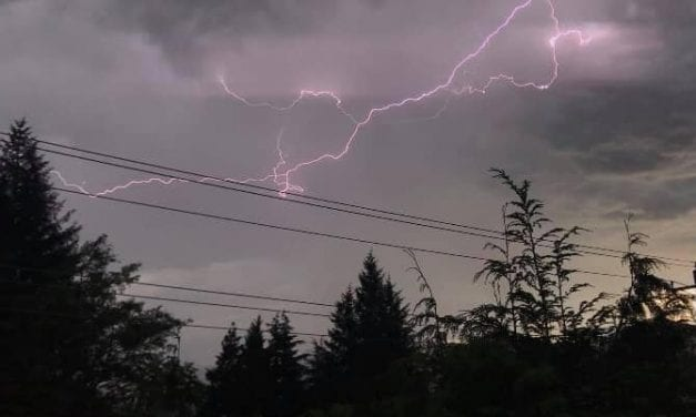 Lightning causes power outage in First City
